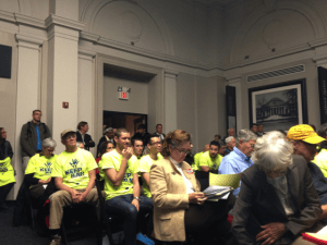 Crowd at uranium working group public meeting